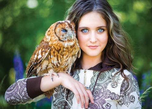 girl with owl - picture 1