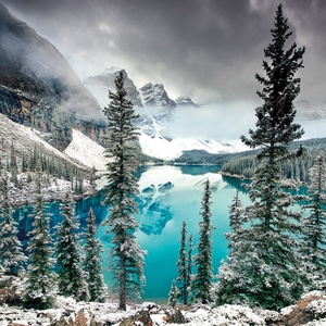 Postcard moraine lake